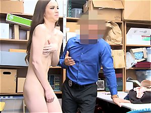 lean Tali Dova blows off the steam from wild mall cop