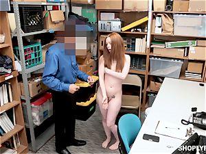 Ella Hughes romped nuts deep by kinky mall cop