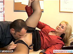 luxurious Sarah Vandella gives oral sex