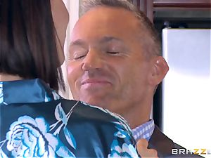 cuckold wifey Peta Jensen snatch thrashed by Bill Bailey