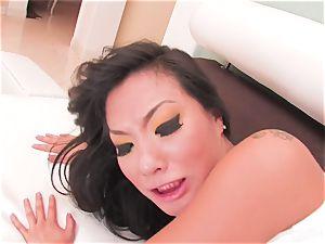 super-sexy Asa Akira swallows his cum