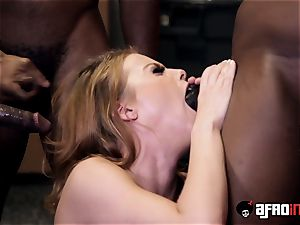 tutor Britney Amber gets a personal blowbang with BBCs