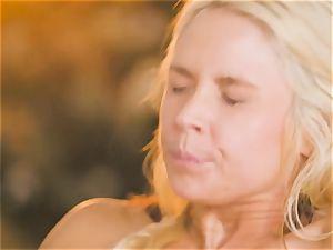 mummy Sarah Vandella entices steamy stunner Jojo kiss