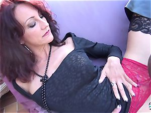 La Cochonne - steamy multiracial butt plow with French stunner