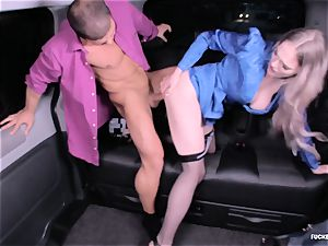 fucked IN TRAFFIC - super-fucking-hot car fucky-fucky with british Carly Rae