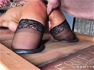 Free ass fucking attractiveness with huge-chested Spanish senorita Bridgette B