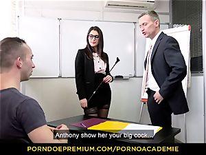 porn ACADEMIE - professor Valentina Nappi MMF 3some
