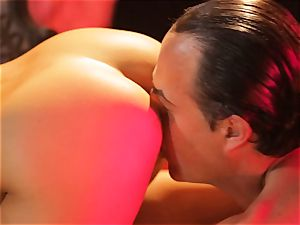 Asa Akira gets her sizzling lips plump a meaty lengthy beef whistle
