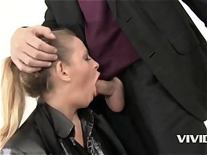 natural jugged Reporter Candy Alex dripping Her facehole